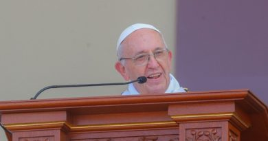 Papa Francisco pede perdão a chilenos em escândalo de pedofilia