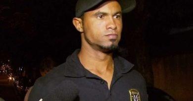 goleiro Bruno Fernandes teve suspenso o direito de trabalho externo e terá de voltar ao presídio de Varginha (MG).