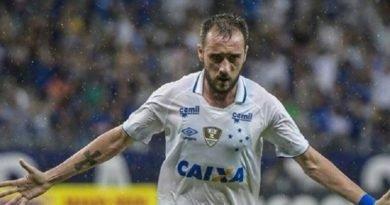 Dirigente do Cruzeiro diz que dívida com o Fla por Mancuello é de R$ 700 mil e que vai pagar